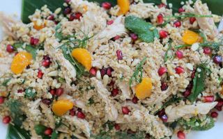 Photo: Warm chicken salad with pomegranate and clementine