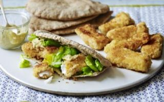 Photo: Fish fingers with pitta bread