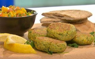 Photo: Chickpea and Coriander Burger