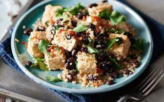 Photo: Baked Tofu, Quinoa & Black Bean